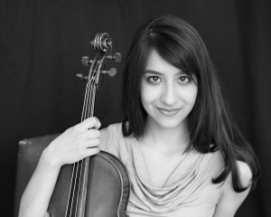 Sarah Toy, viola